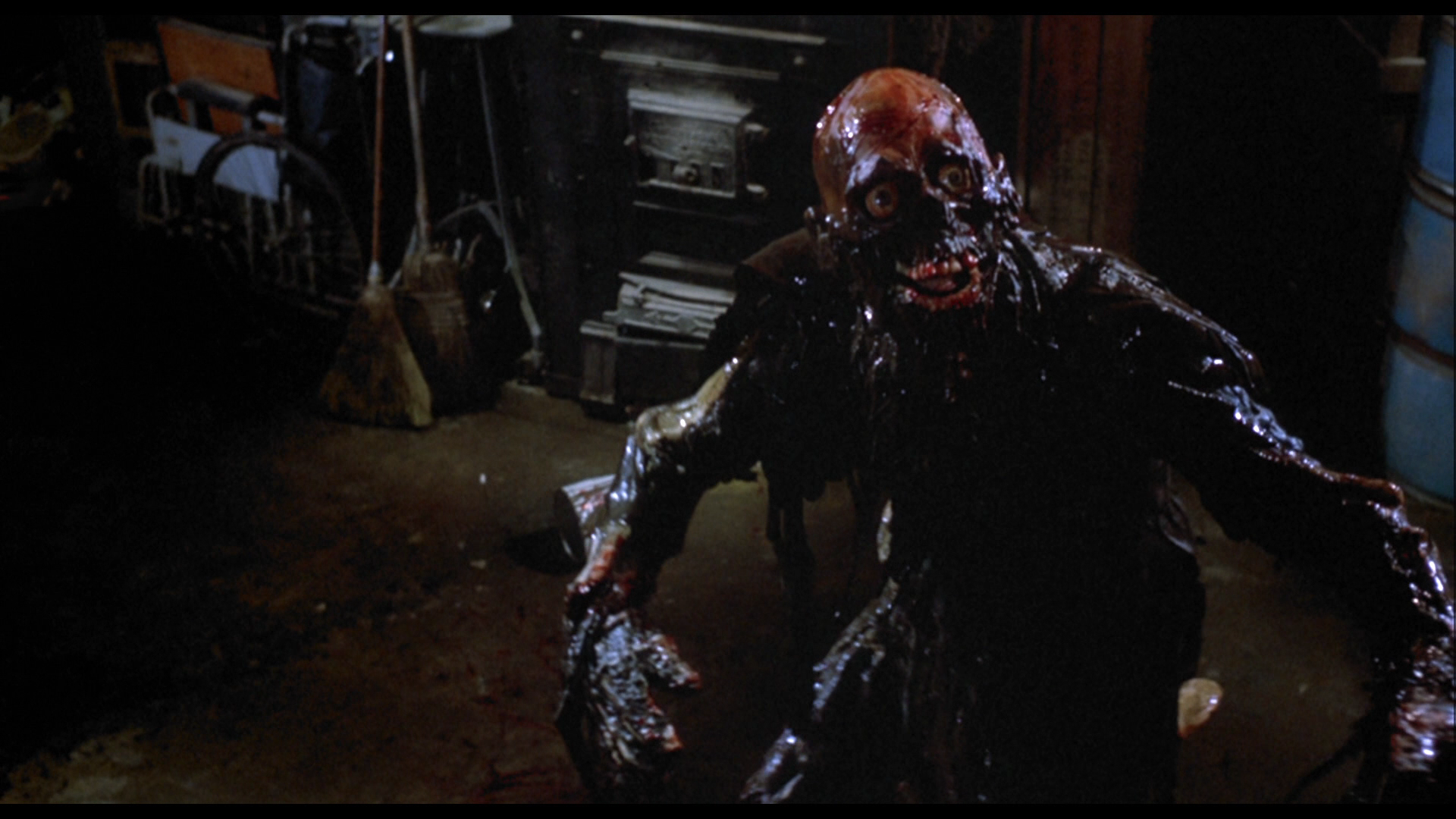Linnea Quigley Trash From Return Of The Living Dead What A