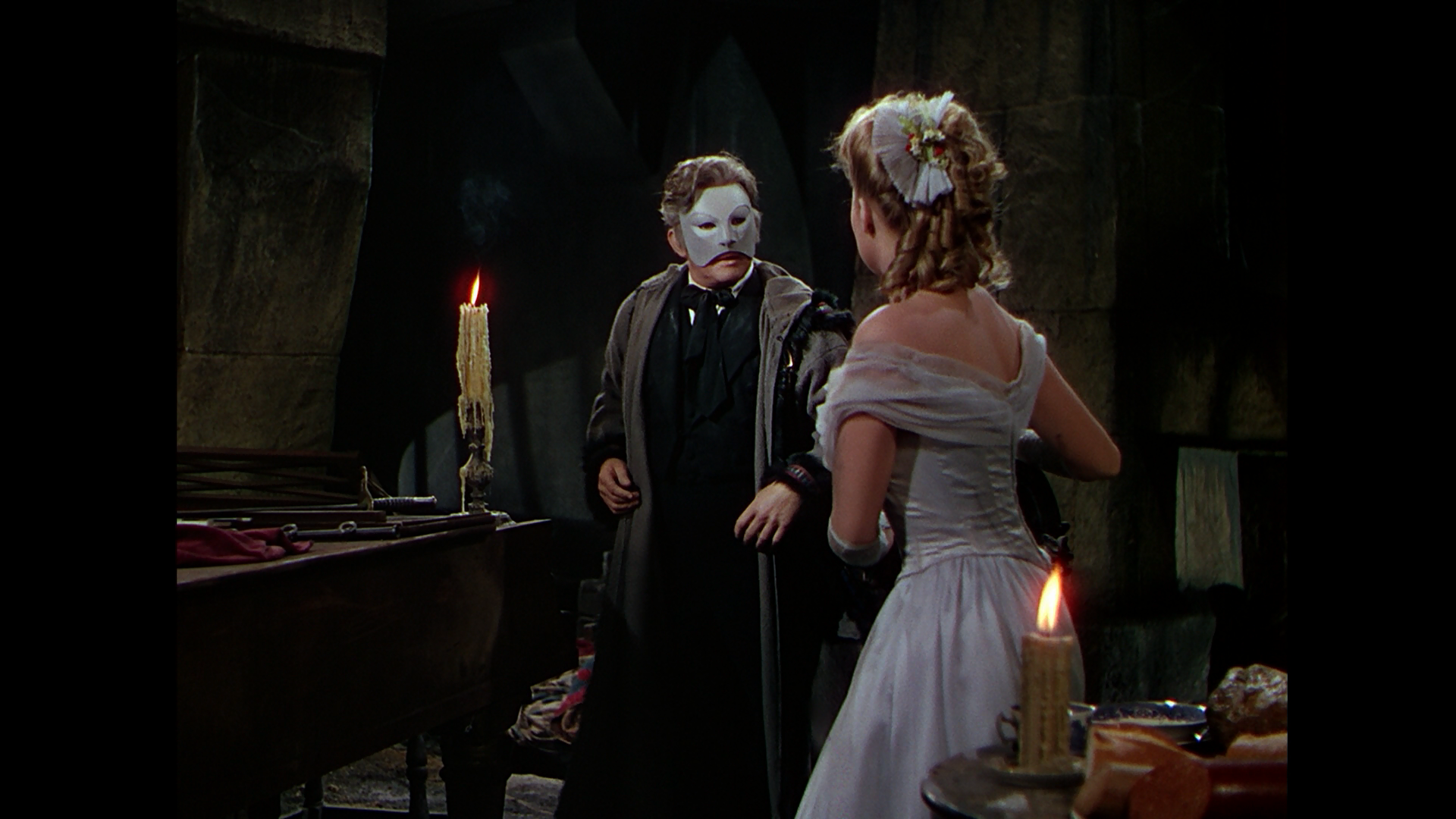 phantom of the opera 1943 ending relationship