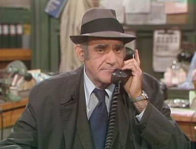 Barney miller the complete series dvd talk review of for Barney miller fish