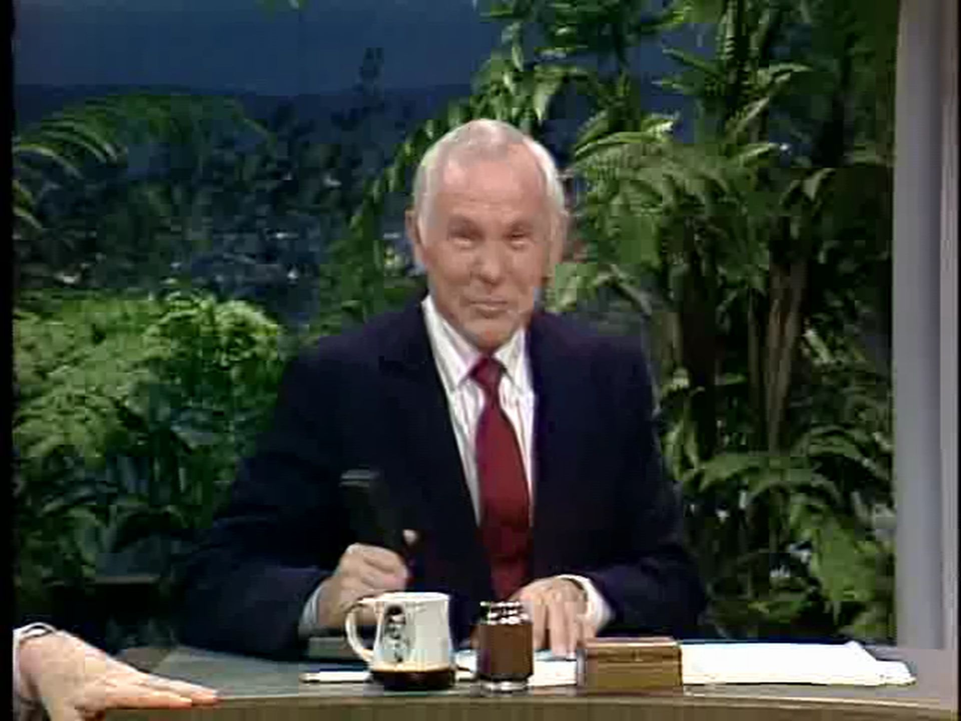 Seats From Johnny Carson's Final 'Tonight Show' - One News ... |Johnny Carson Final Tonight Show